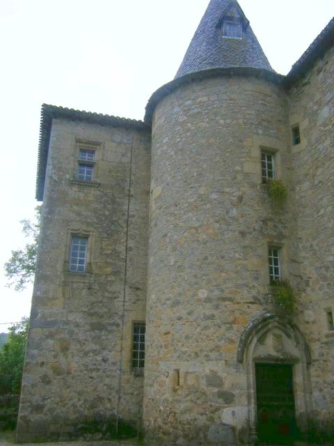 Château de Messac (Laroquebrou)
