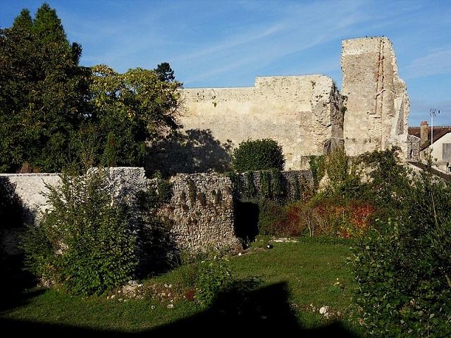 Château de Verneuil-en-Bourbonnais