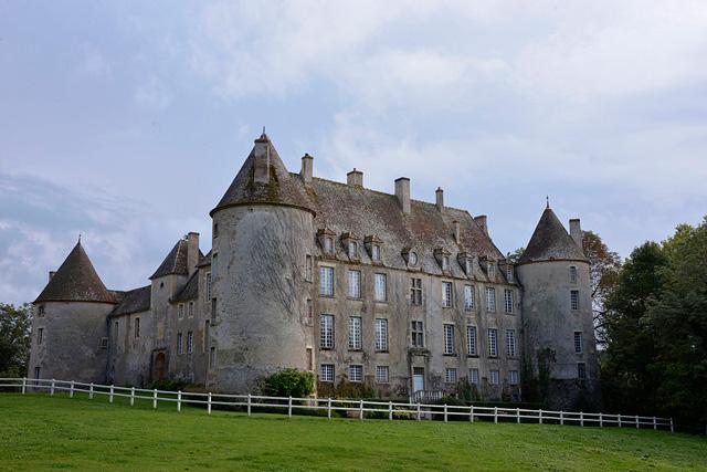Château de Chitry-les-Mines
