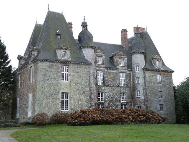 Château de La Chapelle-Chaussée