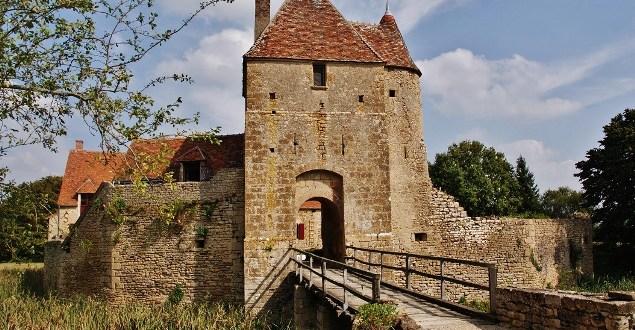 Maison forte de Mornay