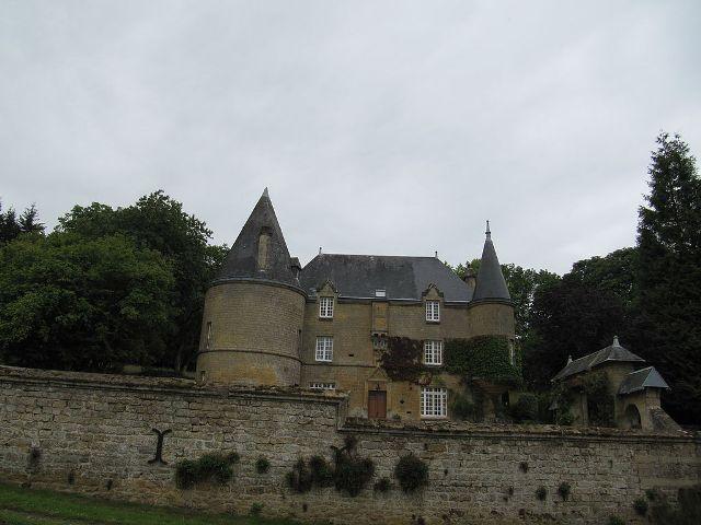 >Château de Remilly-les-Pothées