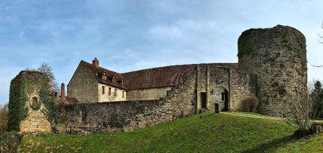 Château d'Étrabonne