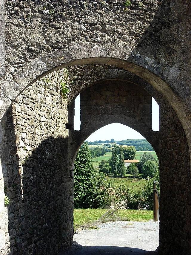 Donjon de Châteaumur
