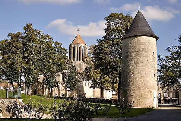 Château de Surgères