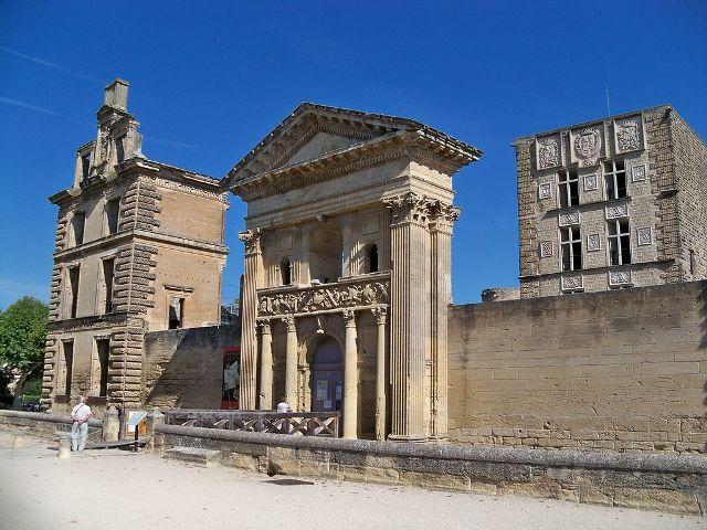 Château de La Tour-d'Aigues