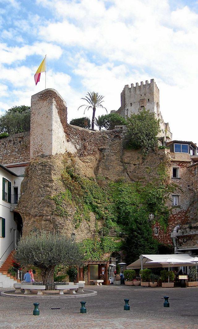 Château de Roquebrune-Cap-Martin