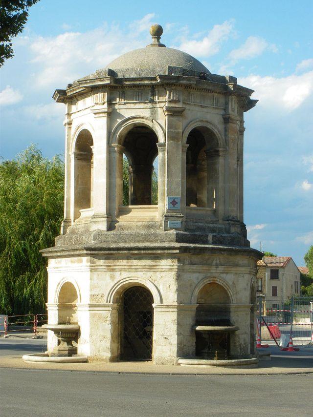 Fontaine de Bédarrides