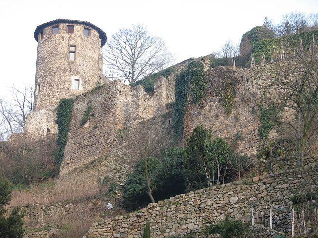 Château de Condrieu
